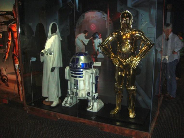 Princess Leia, C-3PO & R2-D2
